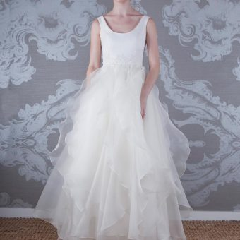2017 Wedding Dress Alaska Front