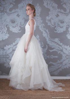 2017 Wedding Dress Alaska Side