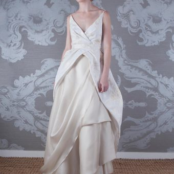 2017 Wedding Dress Aria Front