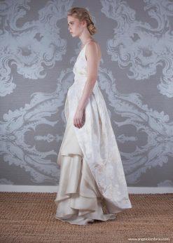 2017 Wedding Dress Aria Side