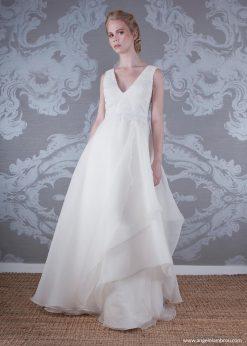 2017 Wedding Dress Hermione Front