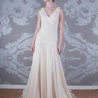 2017 Wedding Dress Laudes Front